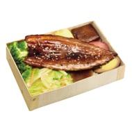 蒲燒秋刀魚飯包